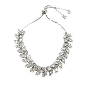 ♠️+ Swarovski® Diamonds Flower Petals Bracelet